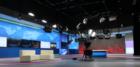 北极环影:校园电视台演播室灯光系统解决方案
