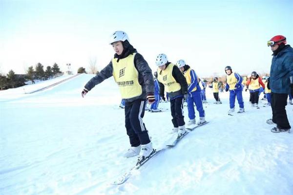 北京市体育局携手微博迎冬奥 推广冰雪运动